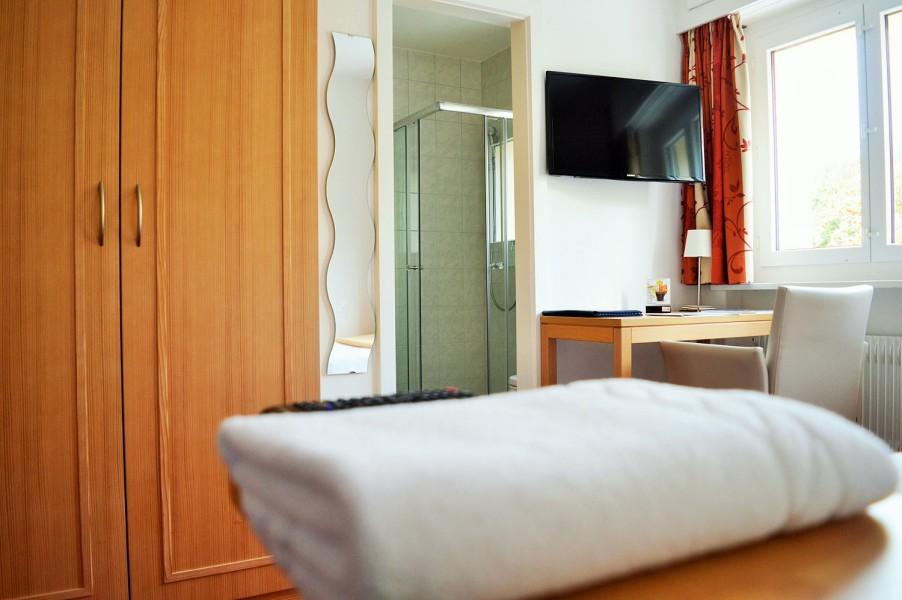 Hotel superbe vue crans montana